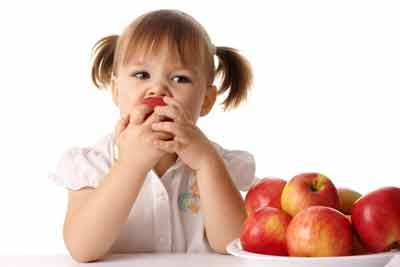 عوارض تغذیه نامناسب در کودکی