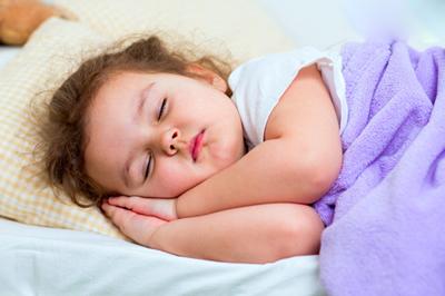 کودکان 3 تا 7 ساله چقدر باید بخوابند؟