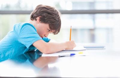 با یک کودک دیر آموز چطور برخورد کنیم؟